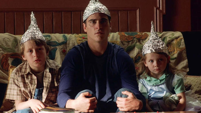 axn-conspiracies-about-hollywood-1600x900_0