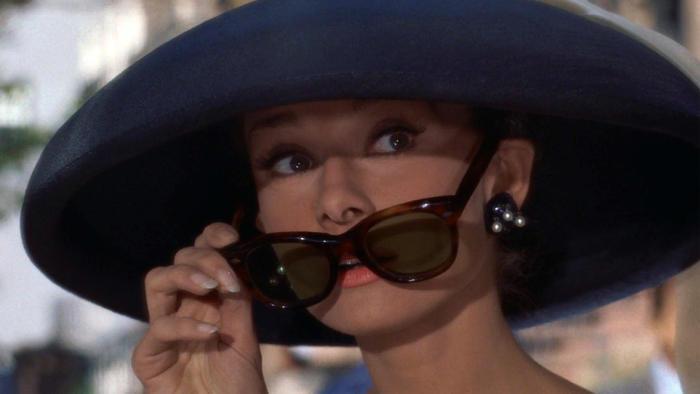 axn-sunglasses-open